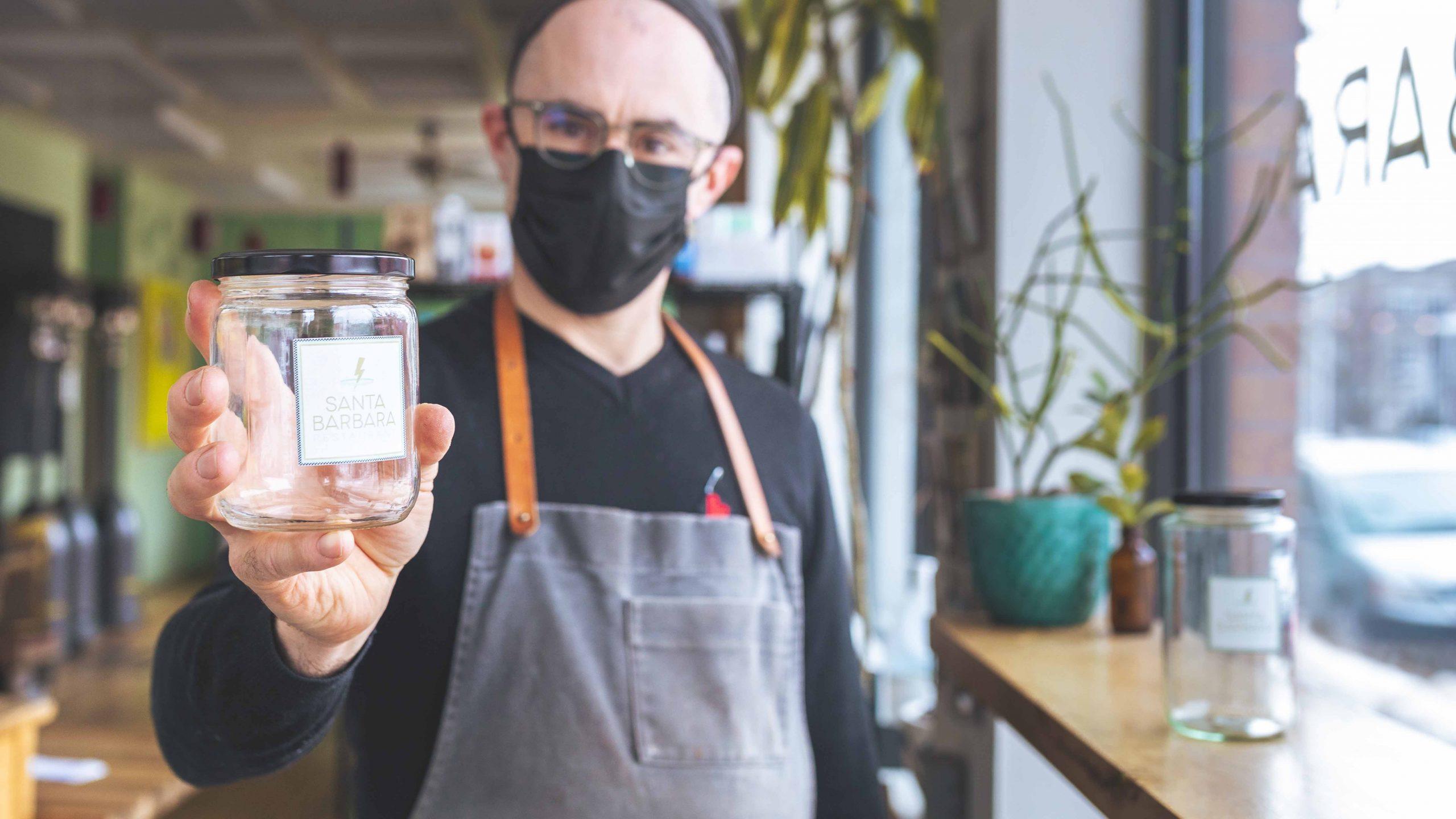 Des commerces adoptent les contenants réutilisables consignés